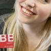 ÖBB Vorteilscard Jugend - Mädchen mit ÖBB Vorteilscard (c) ÖBB / Harald Eisenberger